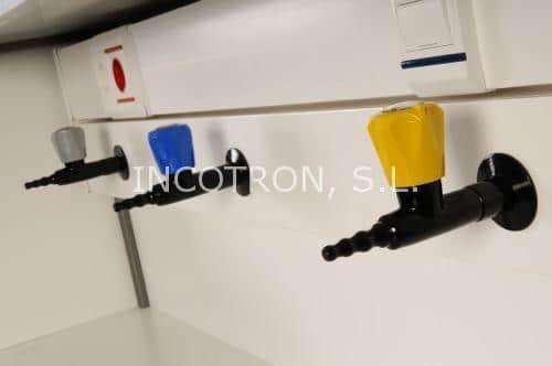 griferia para fluidos de laboratorio