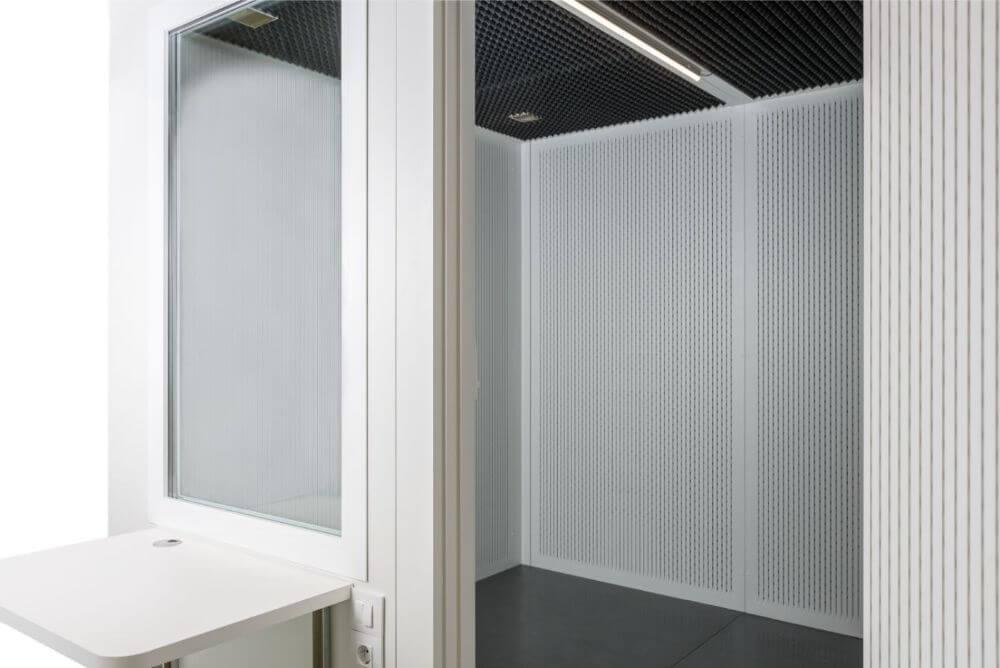 cabina audiometrica interior 1