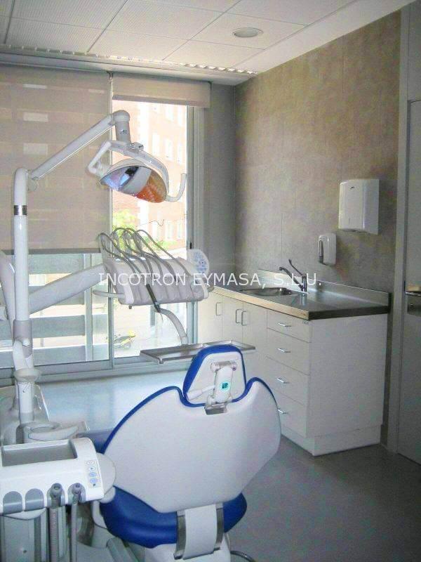 mobiliario clinica dental mesa