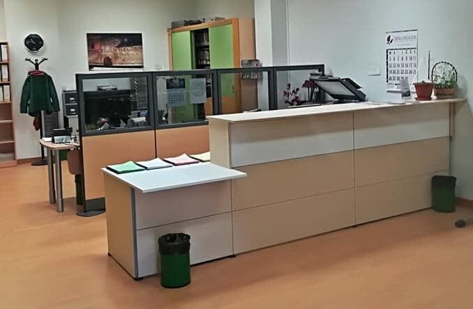 mobiliario geriatrico mostrador recepcion